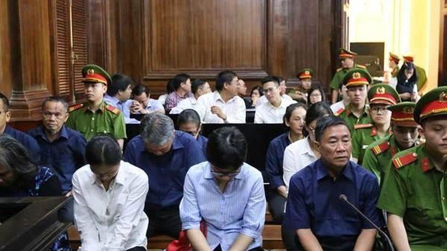 Hứa Thị Phấn nhận thêm 20 năm tù, tiếp tục kê biên 97 bất động sản