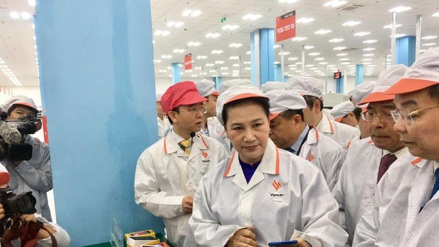 VinSmart khánh thành Tổ hợp Nhà máy sản xuất thiết bị điện tử thông minh