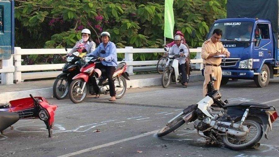 Mỗi năm tai nạn giao thông cướp đi hơn 8.000 sinh mạng