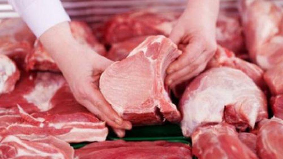 Thịt lợn tăng giá do đầu nậu và trung gian 'bắt tay nhau'