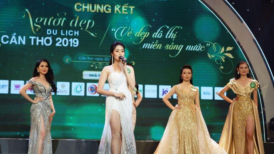 Huỳnh Thúy Vi đăng quang cuộc thi 'Người đẹp Du lịch Cần Thơ' năm 2019