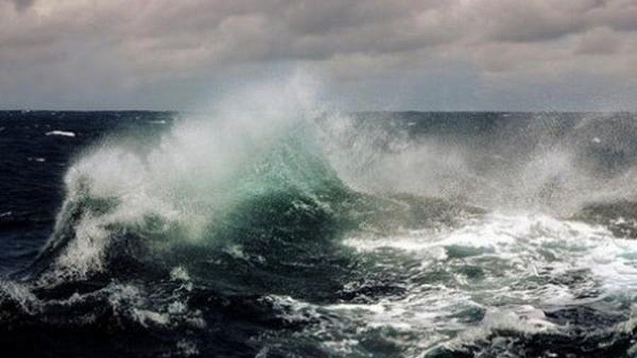 Xuất hiện áp thấp mới trên Biển Đông, mưa dông gió giật từ biển Bình Thuận đến Cà Mau