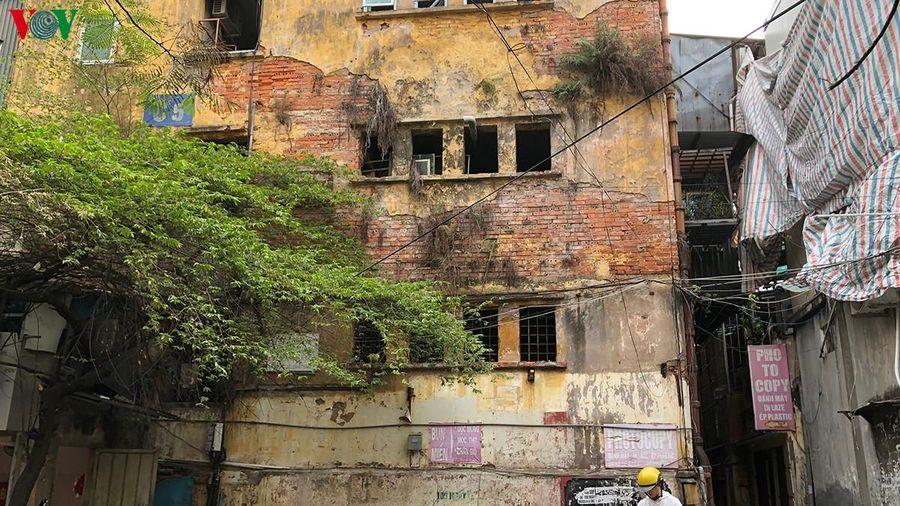 Cải tạo nhà chung cư, tập thể cũ nhà đầu tư 'xí phần' ... chờ chính sách?