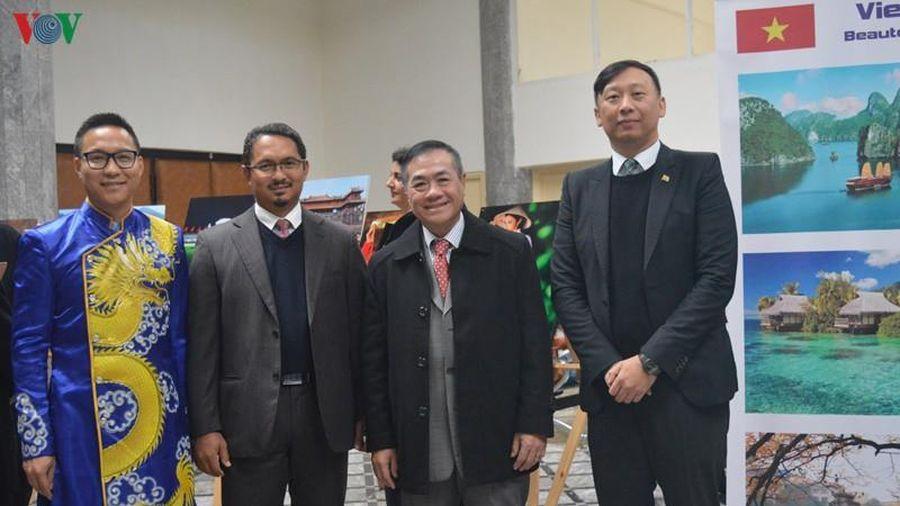 Việt Nam tham gia ngày hội văn hóa châu Á tại Maroc