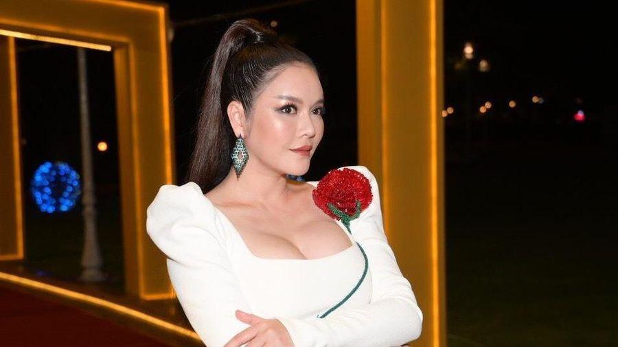Lý Nhã Kỳ đến trễ, nhiều nghệ sĩ về sớm ở LHP Việt Nam 2019