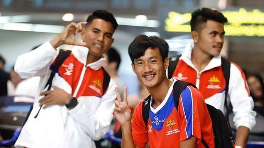 U22 Campuchia phải ngủ trên thảm khi dự SEA Games