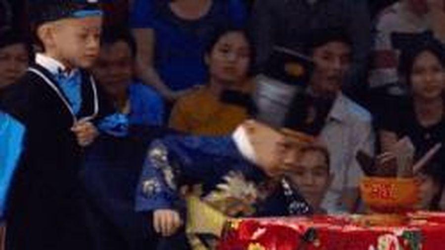 5 chú tiểu Tịnh thất Bồng Lai vào vai Bao Công xử án