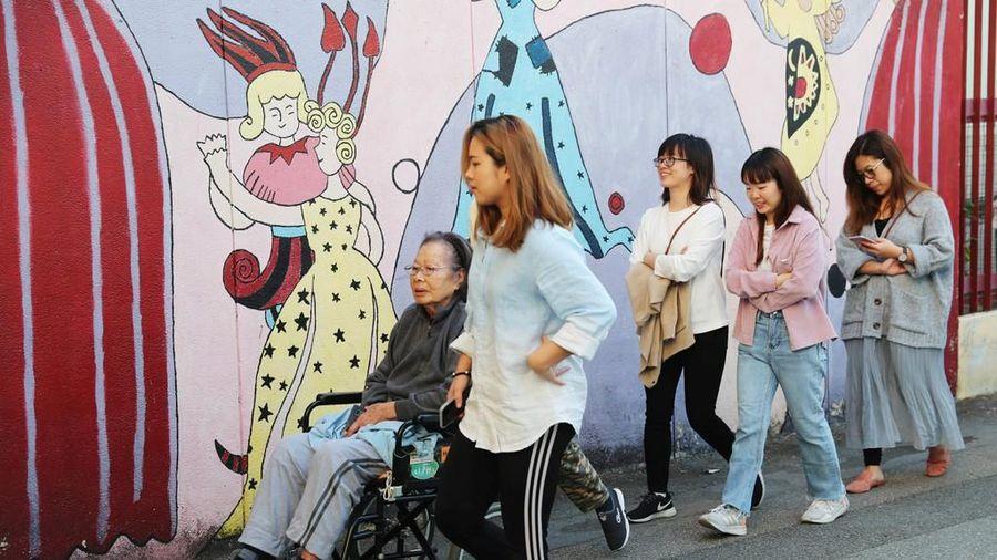 Bầu cử Hong Kong có số cử tri đi bầu đạt kỷ lục
