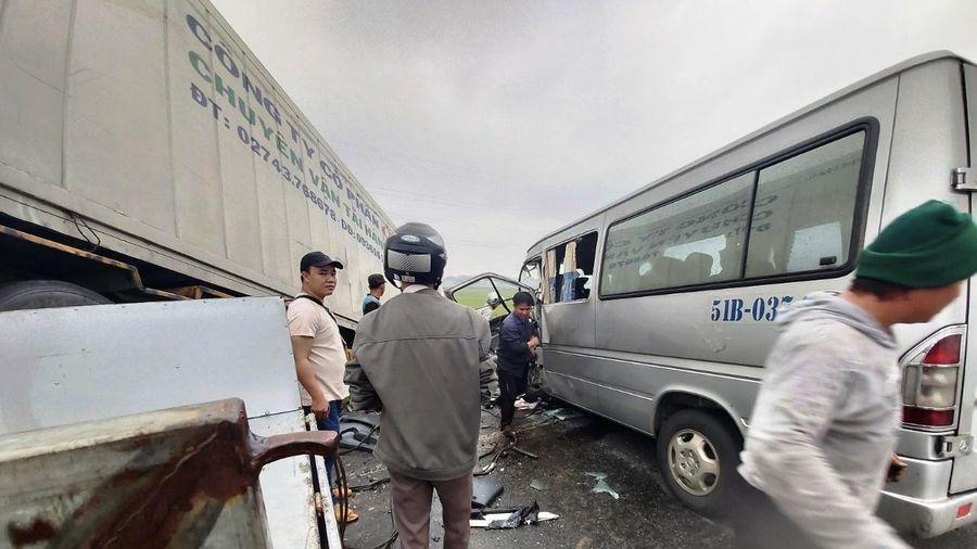 Thông tin chính thức vụ tai nạn đặc biệt nghiêm trọng ở Quảng Ngãi
