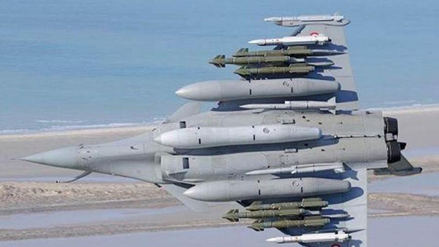 Ấn Độ chê máy bay Nga 'xách dép' cho Rafale – đắt đã 'xắt ra miếng'?