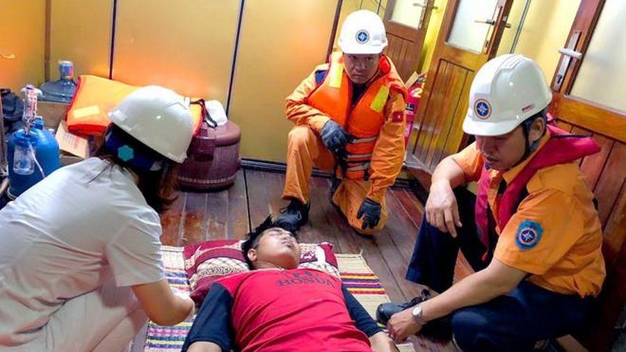 Thuyền viên Thái Lan hôn mê trên biển được cứu thành công