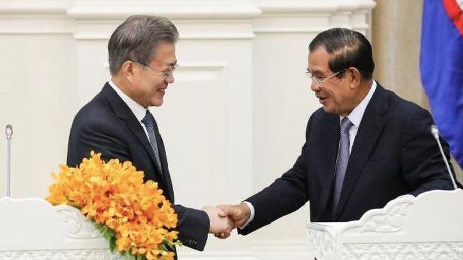 Mẹ vợ ốm nặng, Thủ tướng Hun Sen không dự hội nghị ASEAN – Hàn Quốc