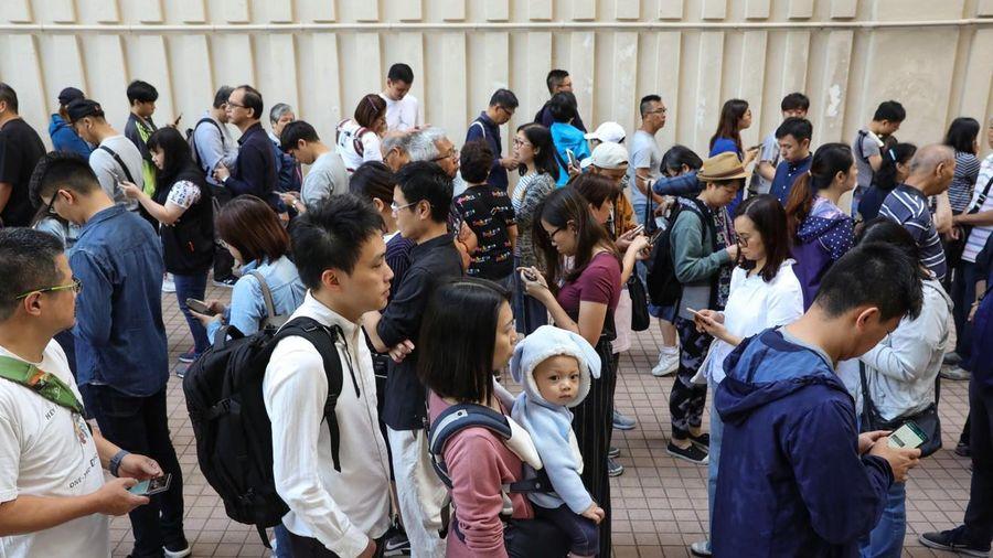 Hong Kong tổ chức bầu cử hội đồng cấp quận giữa tình hình bất ổn