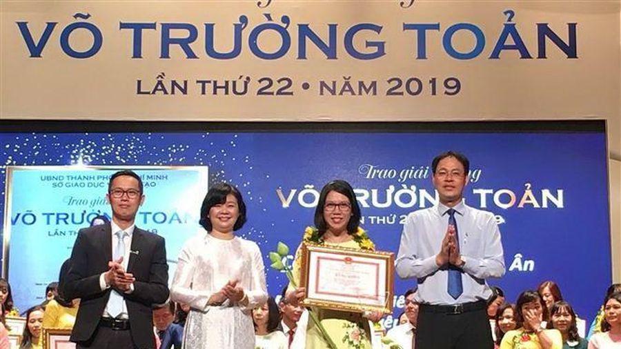 50 nhà giáo, cán bộ quản lý nhận Giải thưởng Võ Trường Toản