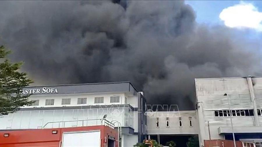 Cháy lớn tại Công ty trách nhiệm hữu hạn Master Sofa International