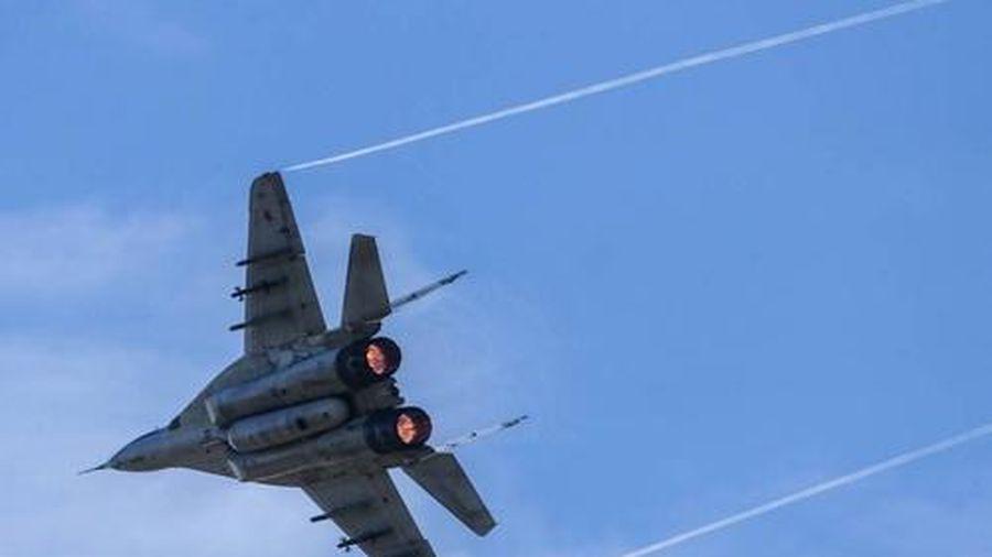 Serbia tuyên bố xem xét lại hợp tác quân sự với Nga do bê bối gián điệp