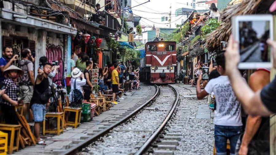 Bộ GTVT không đồng ý kiến nghị của ĐBQH Lưu Bình Nhưỡng về phố 'cà phê đường tàu'