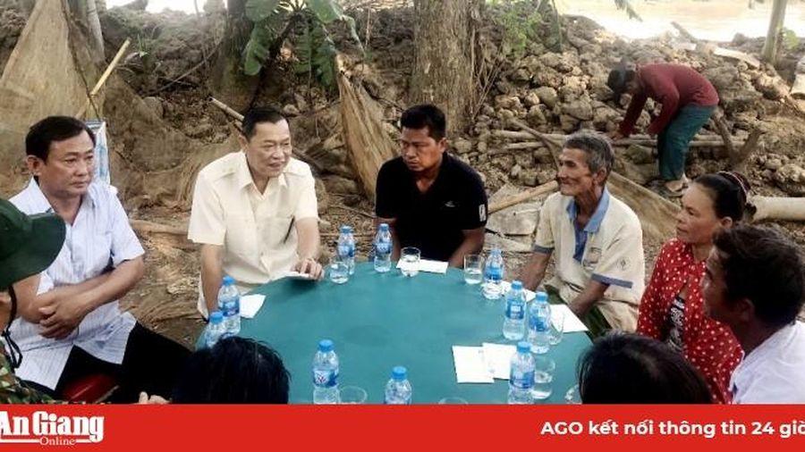 Hỗ trợ người dân An Phú bị ảnh hưởng do sạt lở