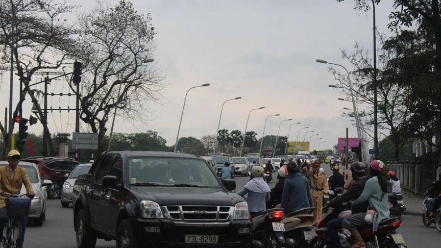 Huế rốt ráo xử lý bất cập của đèn tín hiệu giao thông