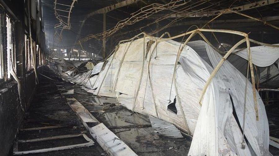 Hiện trường tan hoang sau vụ cháy Công ty May Nhà Bè Sóc Trăng