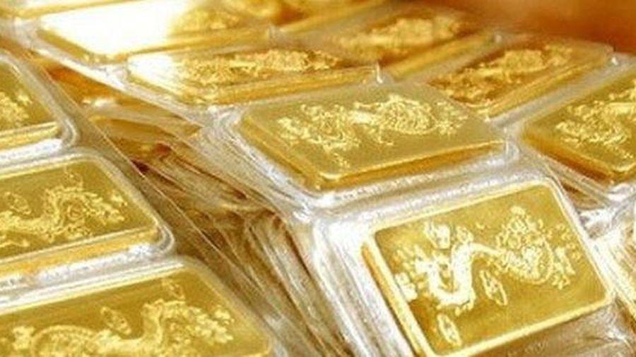 Giá vàng ngày 25/11: Ngược chiều với đà phục hồi của đồng USD