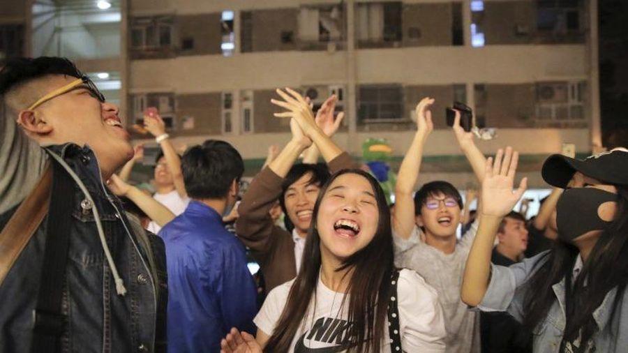 Bầu cử Hong Kong: Phe ủng hộ dân chủ thắng lớn
