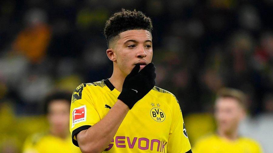 Jadon Sancho ngán ngẩm vì phận làm dê tế thần ở Dortmund