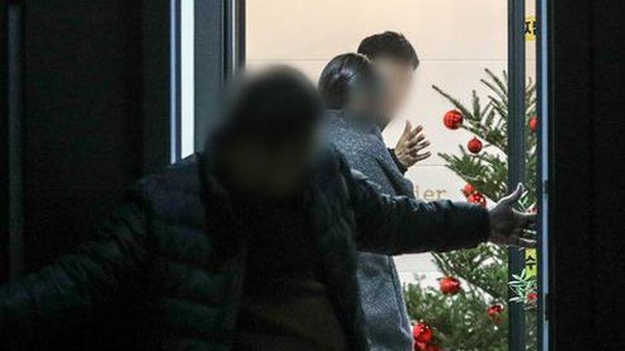 Goo Hara vẫn trang trí cây thông Noel trước khi qua đời