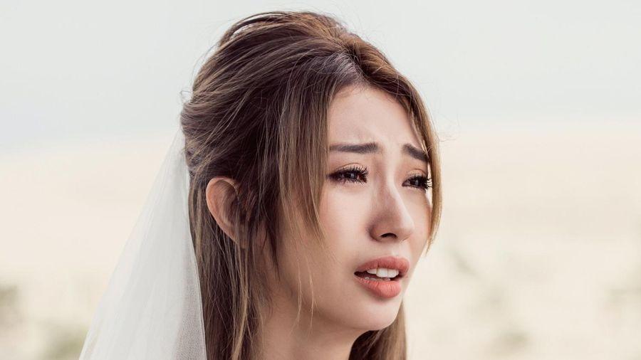 Khổng Tú Quỳnh hát về nỗi đau bị phụ tình
