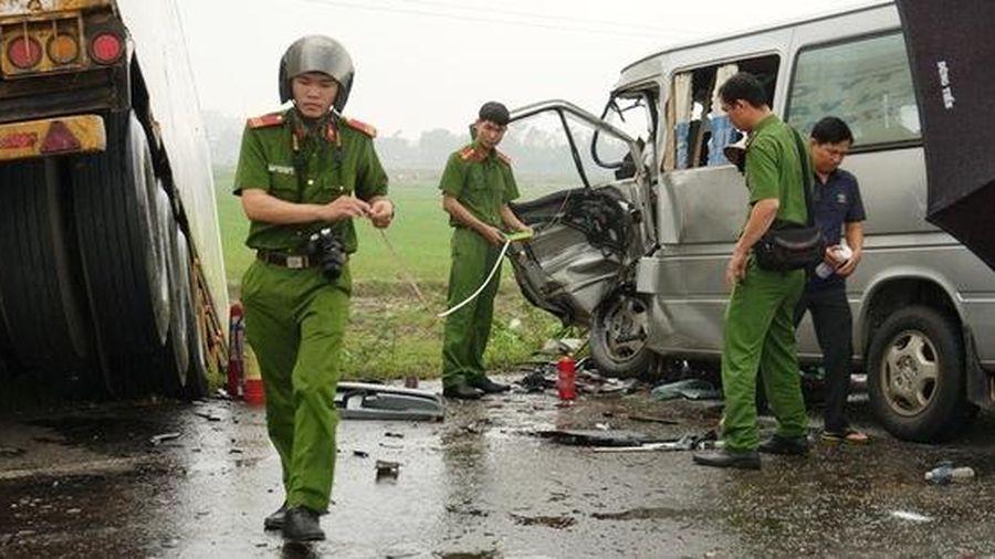 Vụ tai nạn thảm khốc 3 người chết ở Quảng Ngãi: Phụ xe container dương tính ma túy