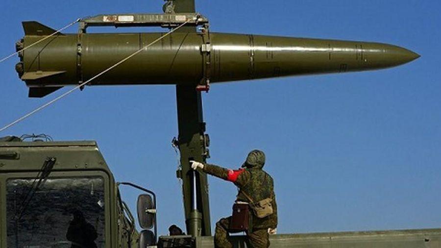Triển khai tên lửa đạn đạo Iskander ở Kaliningrad, Nga kề 'lưỡi kiếm' vào 'yết hầu' phương Tây?