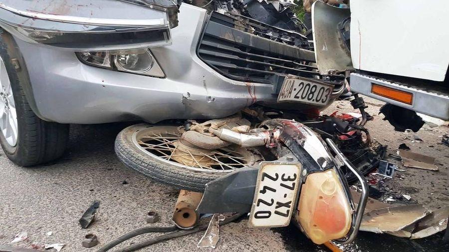 Thông tin mới vụ thiếu tá quân đội lái ô tô tông chết cô gái 18 tuổi