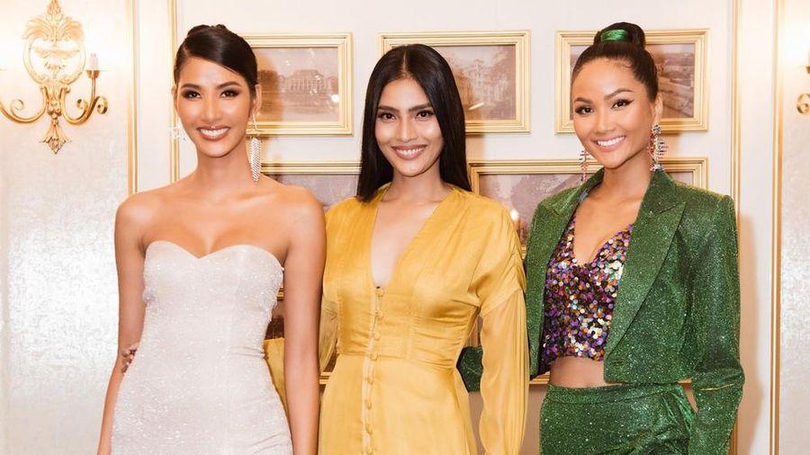 Hoàng Thùy khoe ngực đầy, hội ngộ H'Hen Niê trước khi sang Mỹ thi Miss Universe