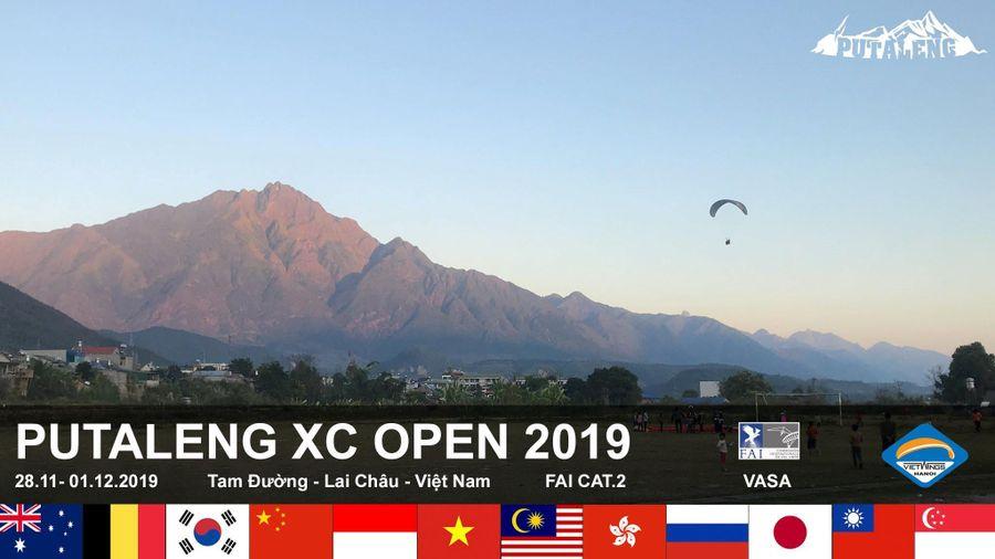 Cuối tháng 11, giải thi đấu dù lượn quốc tế lần đầu tiên tổ chức tại Việt Nam
