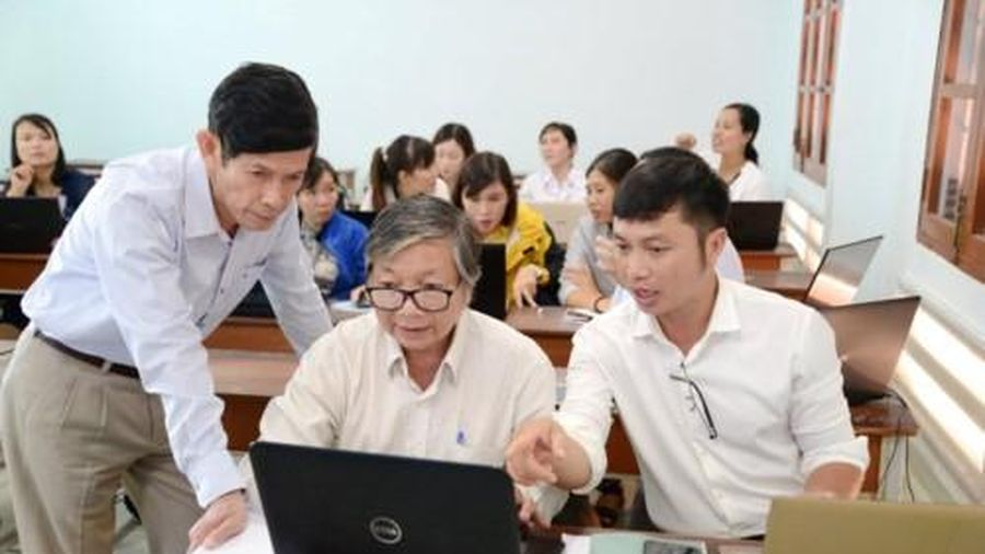 Trải lòng của một giáo viên về tâp huấn chương trình mới