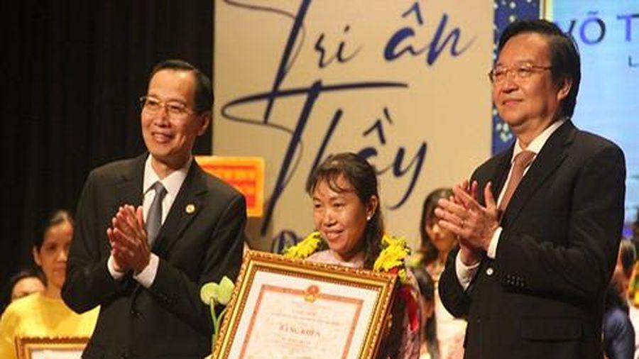 Thành phố Hồ Chí Minh vinh danh 50 giáo viên, cán bộ ngành giáo dục tiêu biểu