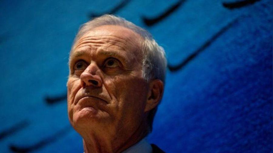 Mỹ buộc thôi việc Bộ trưởng Hải quân