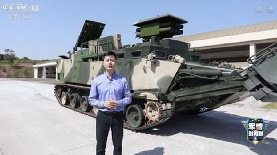 Trung Quốc giới thiệu xe thiết giáp phá mìn - vượt vật cản cực mạnh