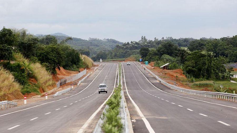 Cao tốc Bắc Nam: 32 nhà đầu tư trong nước dự sơ tuyển