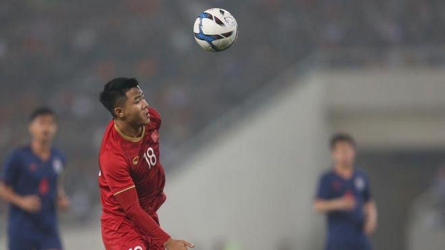 Hà Đức Chinh lập cú đúp cho U22 Việt Nam ở SEA Games 30
