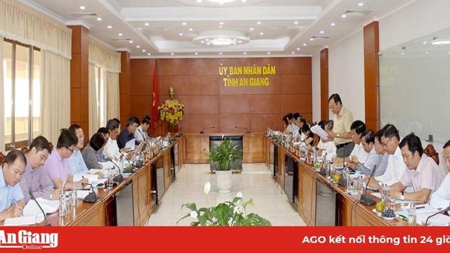 Thứ trưởng Bộ Nông nghiệp và Phát triển nông thôn Trần Thanh Nam làm việc với UBND tỉnh An Giang