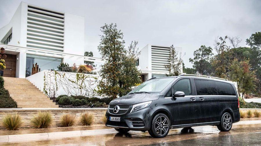 Mercedes-Benz Việt Nam ra mắt mẫu xe đa dụng V-Class, nâng cấp đáng giá