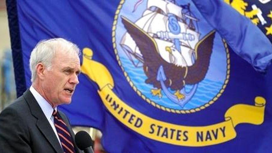 Người đứng đầu Hải quân Mỹ bị sa thải