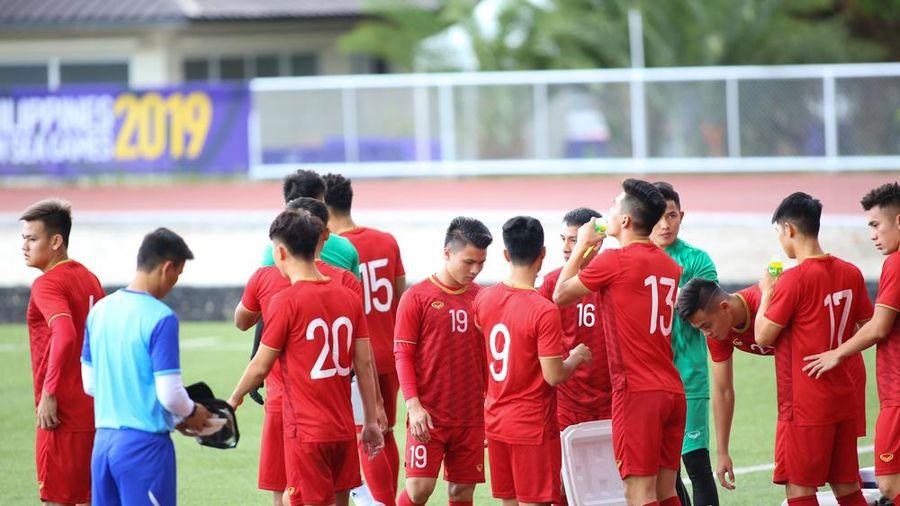 Quang Hải, Hùng Dũng dự bị, đội hình U22 Việt Nam đấu Brunei mạnh cỡ nào?