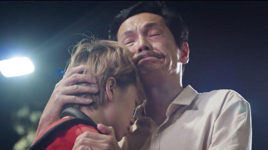 'Gia đình quốc dân' tái xuất trong clip mới đầy cảm động