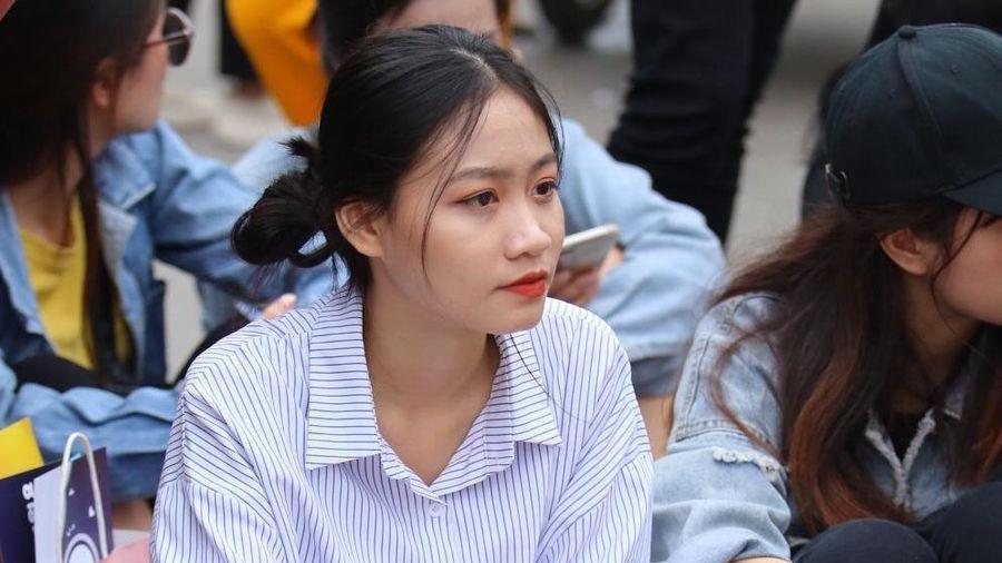 AAA 2019: Hàng nghìn fan Việt gây tắc nghẽn ở SVĐ Mỹ Đình
