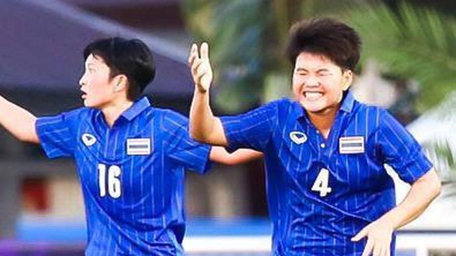 Trọng tài từ chối bàn thắng của tuyển nữ Thái Lan trước Việt Nam