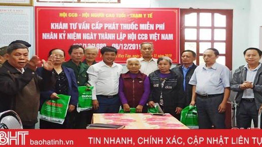 Khám, cấp thuốc miễn phí cho 150 đối tượng chính sách ở TP Hà Tĩnh