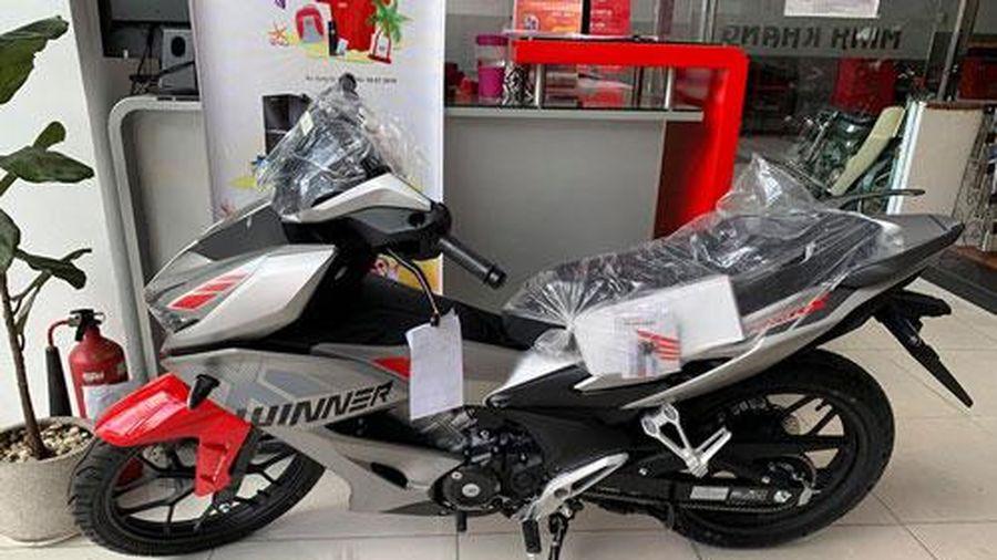 Honda Winner X giảm giá 3 triệu đồng, Yamaha Exciter đội giá