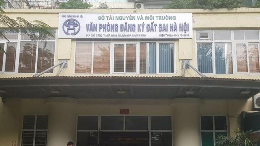 Văn phòng đăng ký đất đai Hà Nội bị công dân phản ánh 'sách nhiễu'